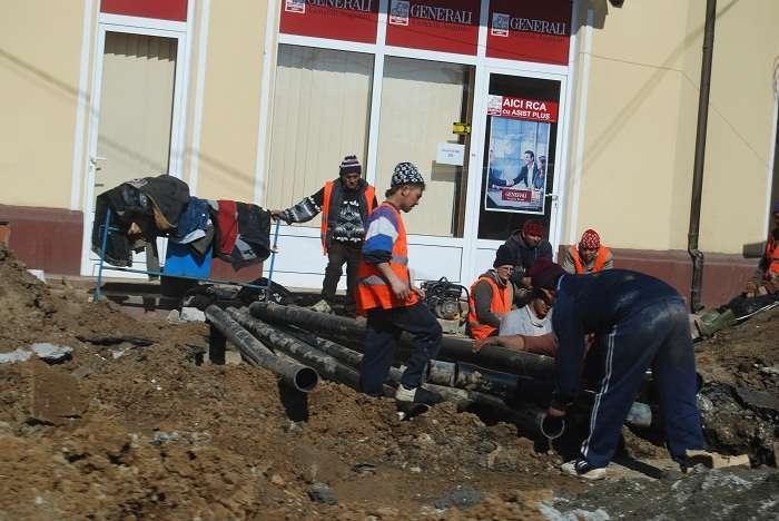 Une nouvelle loi rend moins coûteux l'embauche de travailleurs étrangers par les employeurs roumains